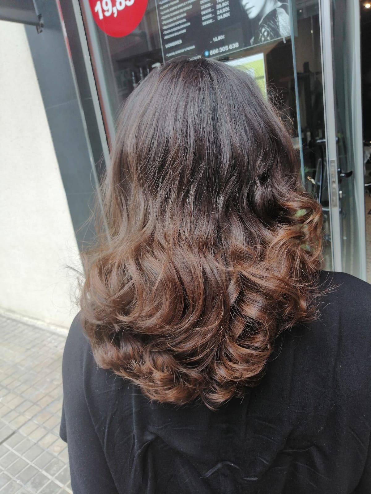 Foto 28 de Peluquería y maquillaje en  | Lucian Hair&Beauty