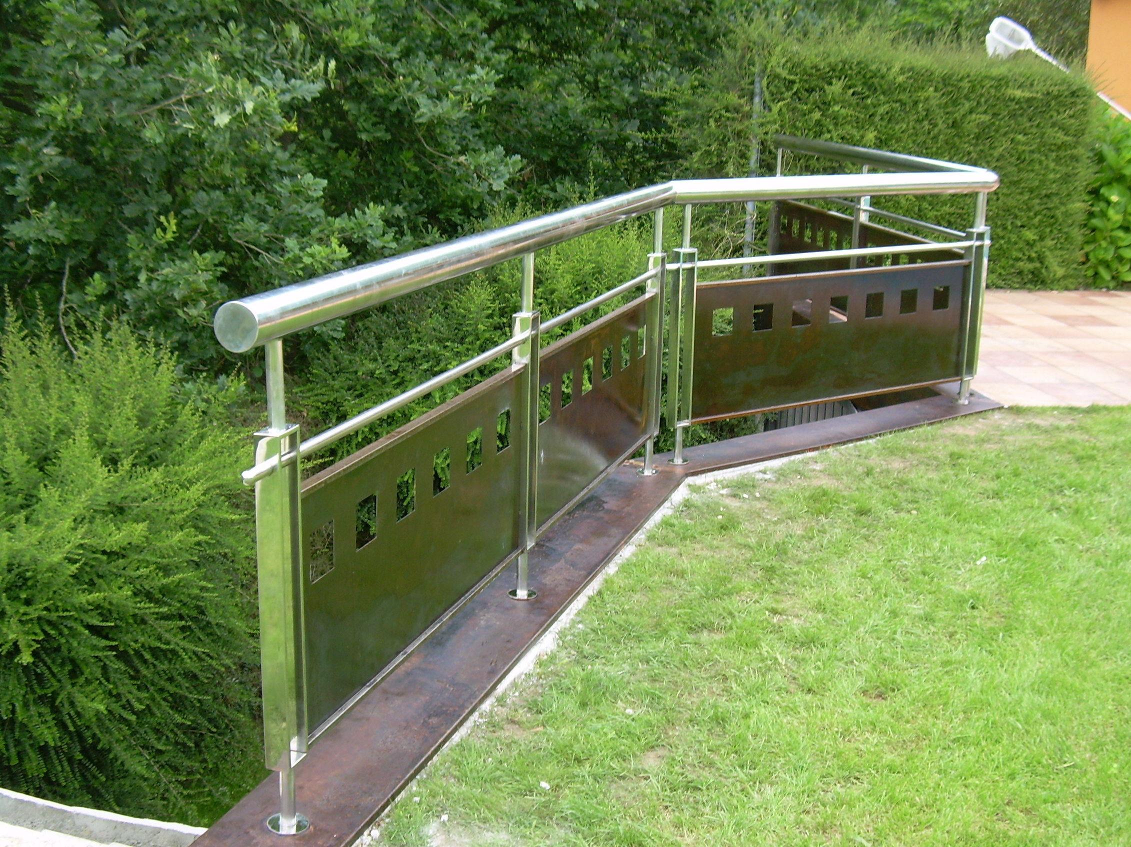 Barandilla de acero inoxidable para puente