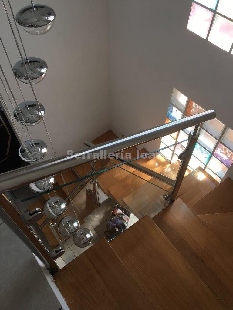Escalera interior: Productos y servicios de Serrallería Ioan