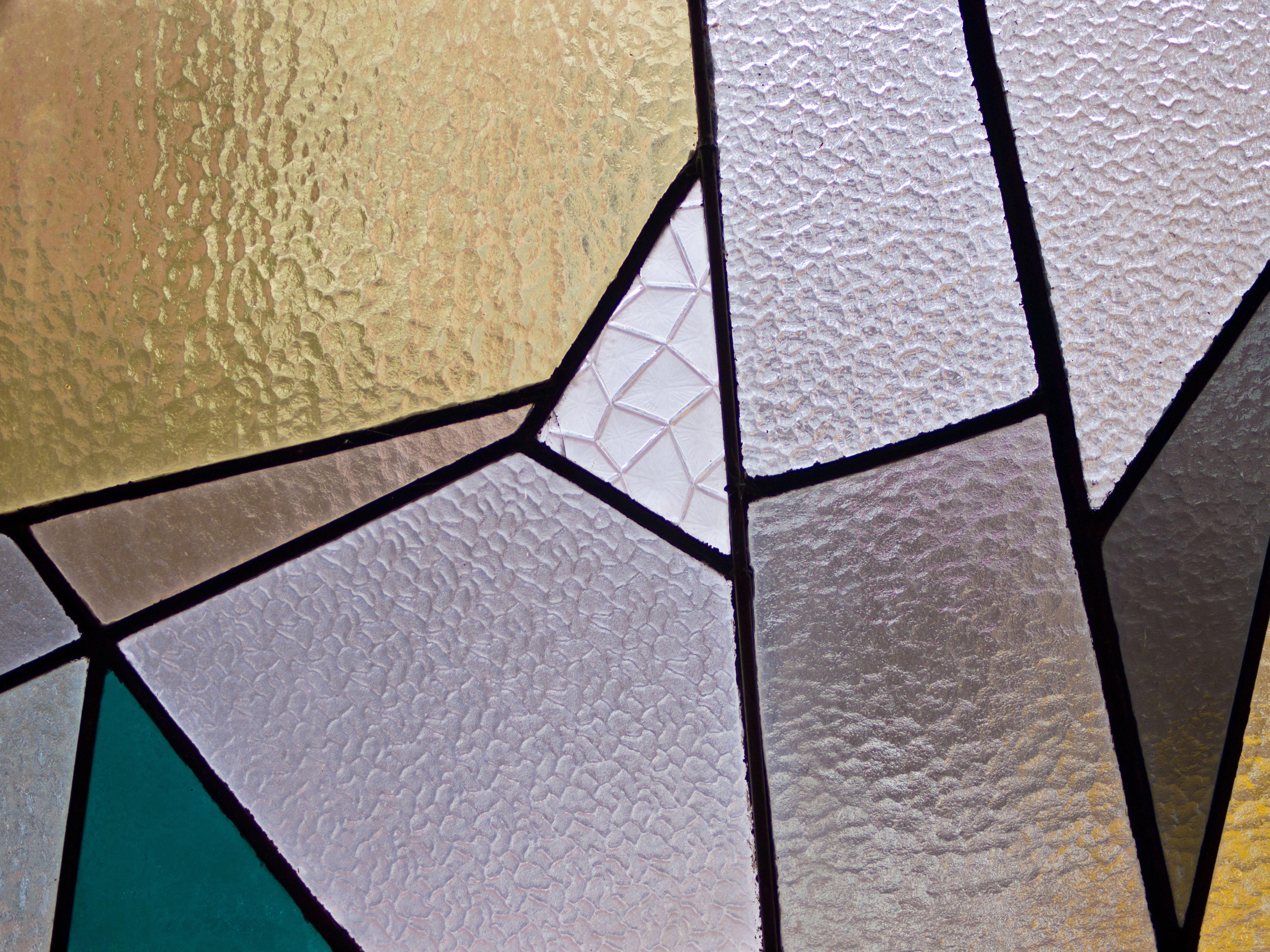 Diseños propios de vidrieras artísticas en Granada