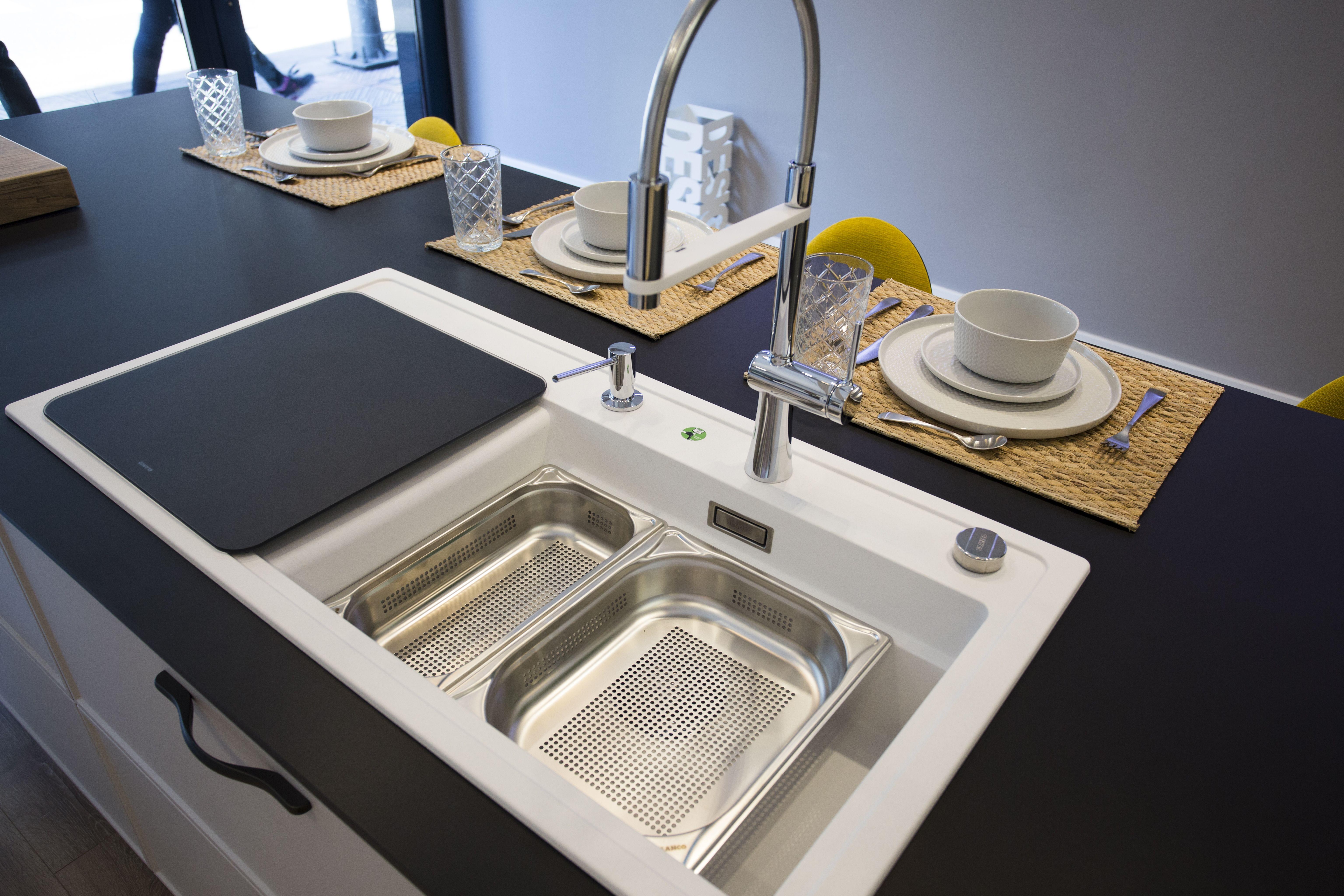 Foto 1 de Muebles de baño y cocina en Trobajo del Camino | COCINAS VG