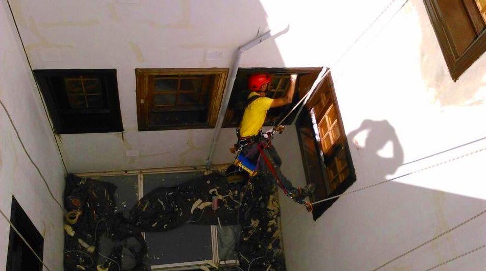 Foto 320 de Trabajos verticales en Tuineje | Vertimax