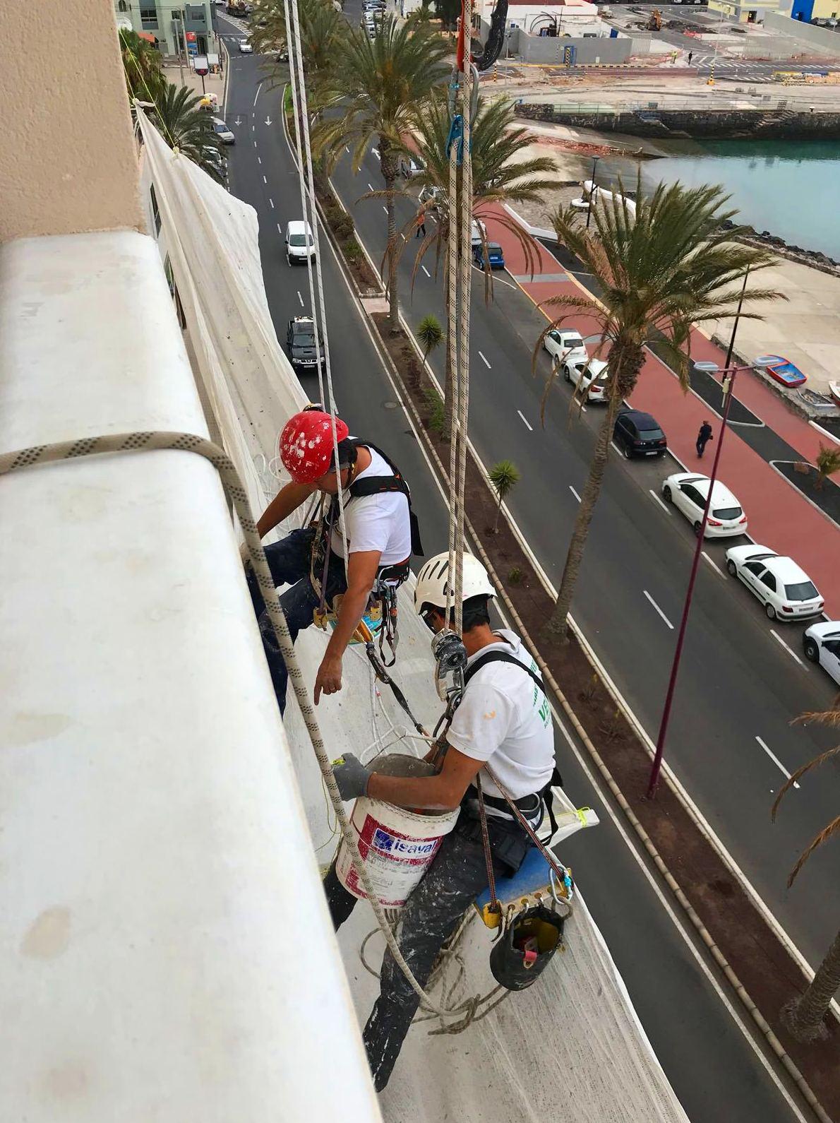 Foto 55 de Trabajos verticales en Tuineje | Vertimax