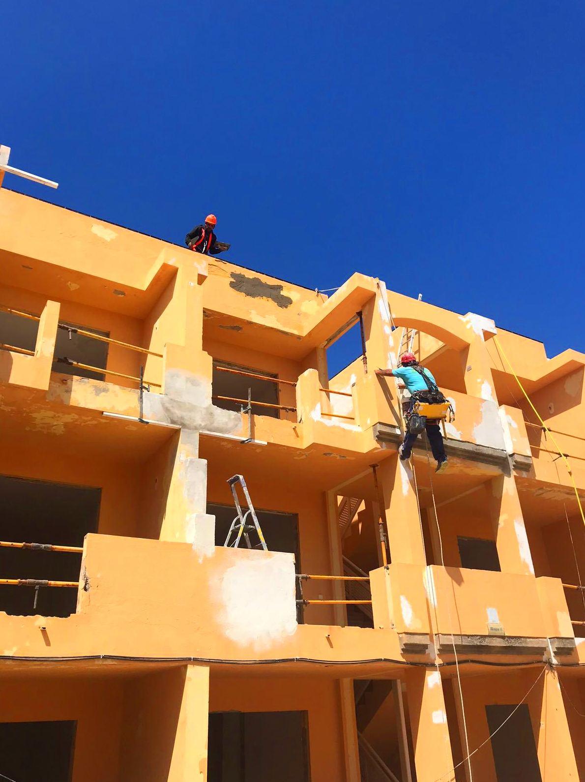 Foto 68 de Trabajos verticales en Tuineje | Vertimax