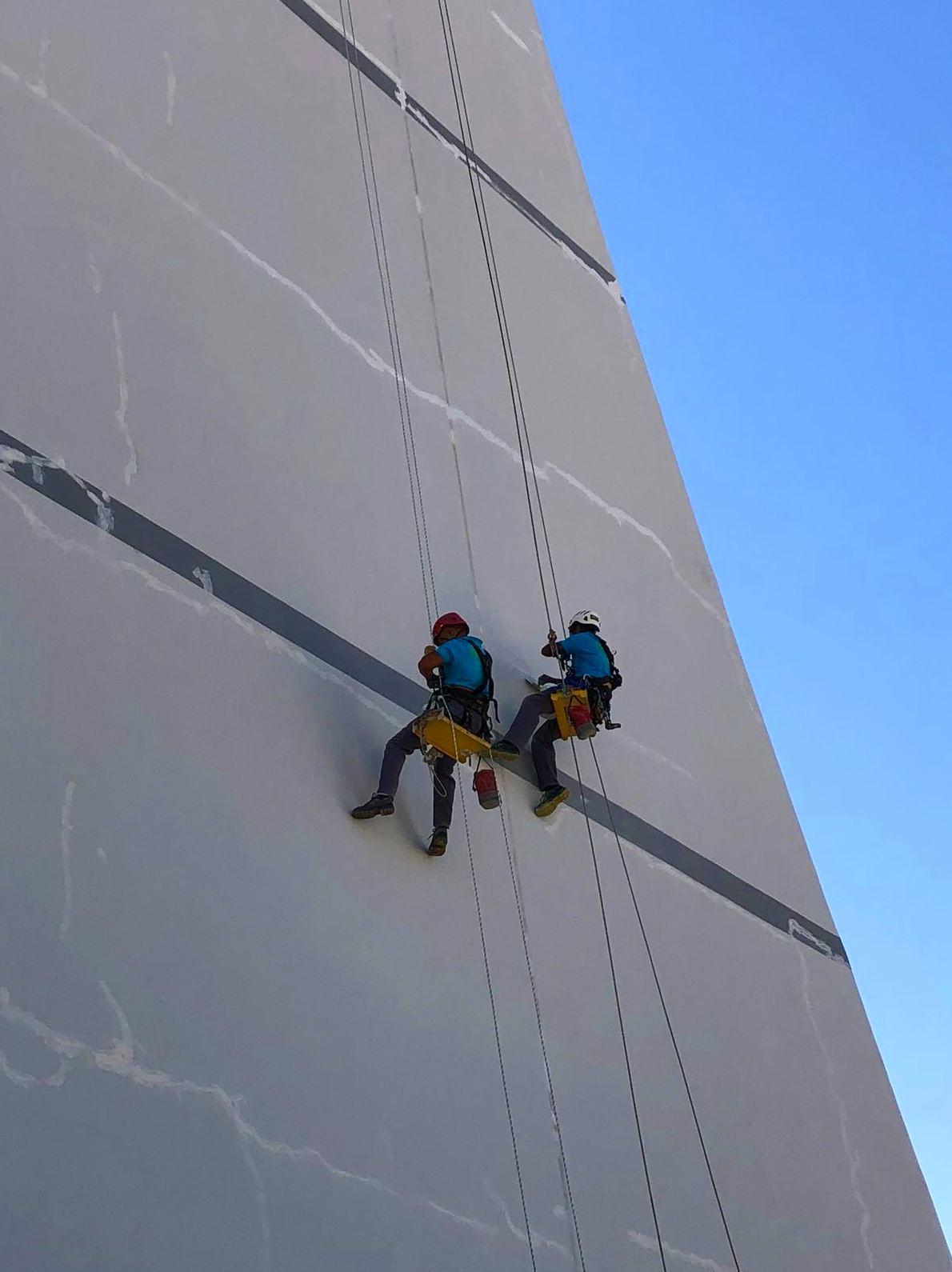 Rehabilitación y pintado de fachada. (África, Mauritania)