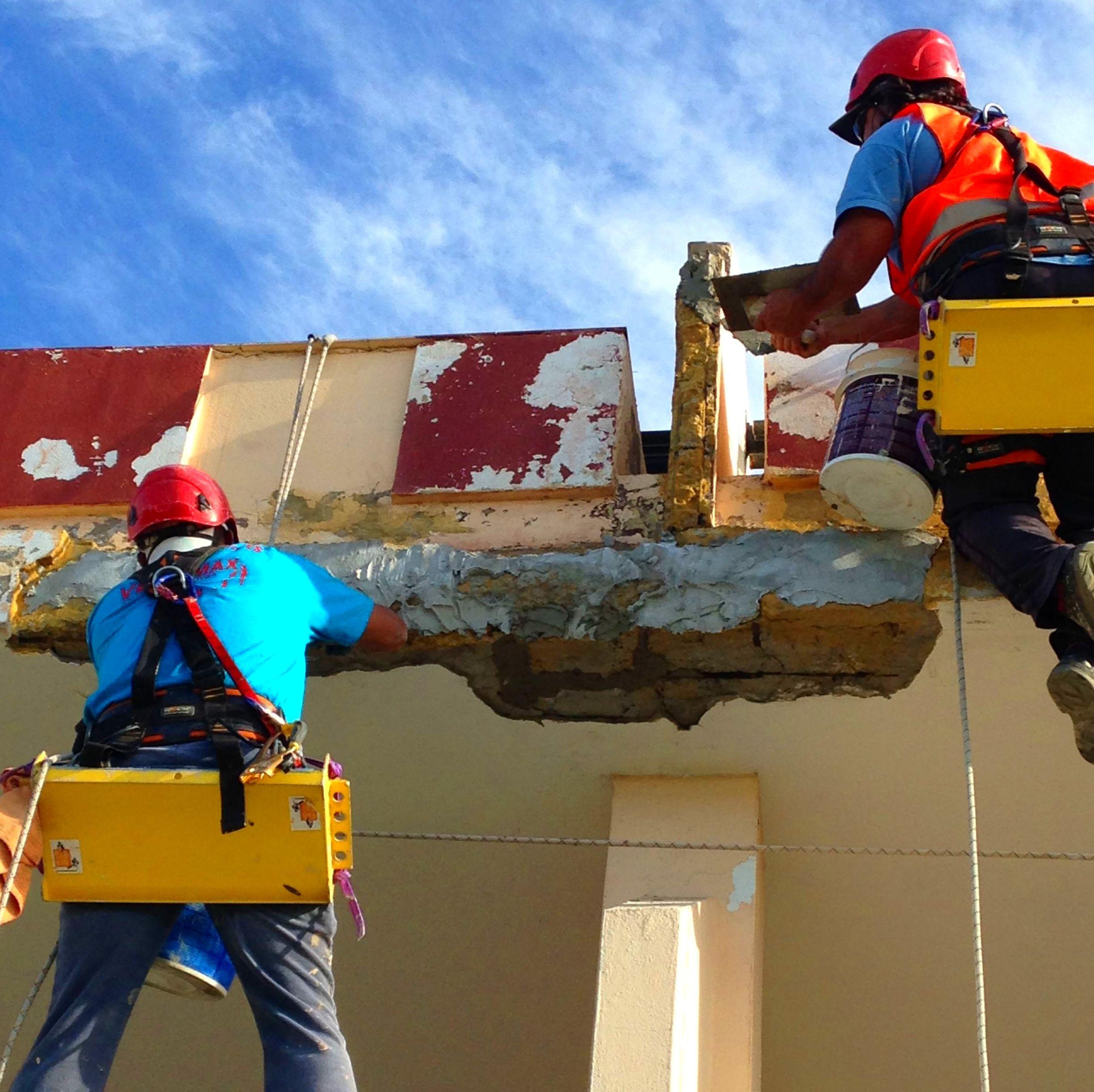 Rehabilitación y pintado de fachada.