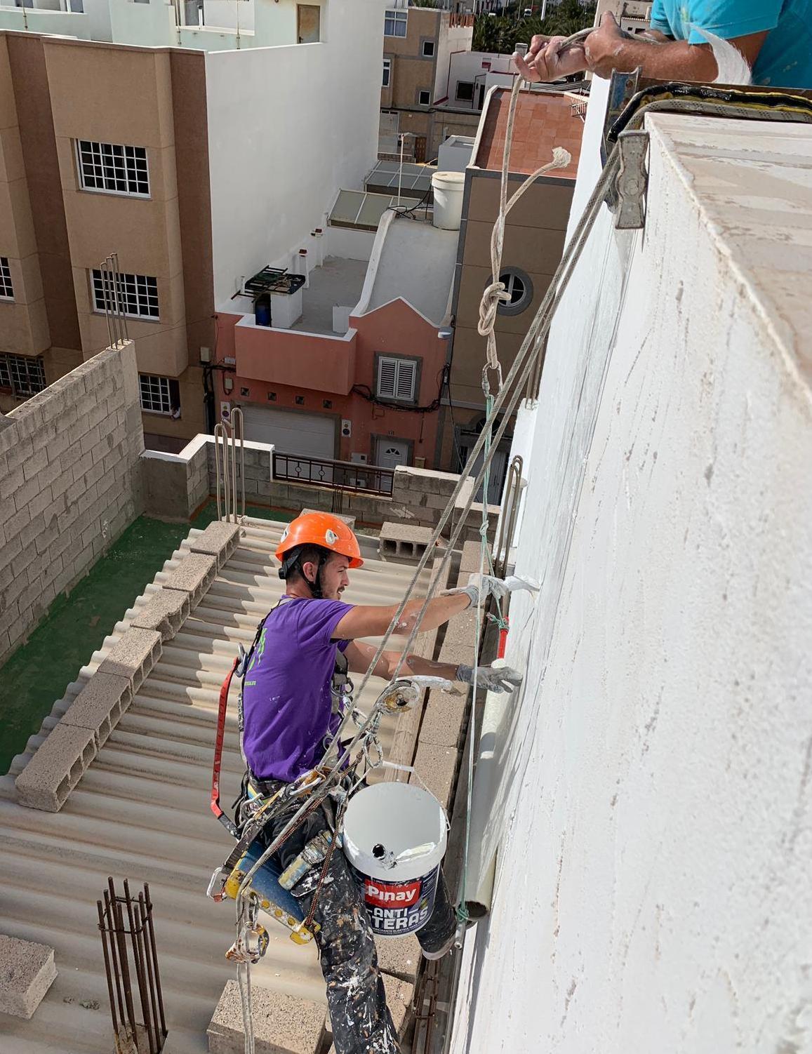 Foto 38 de Trabajos verticales en Tuineje   Vertimax