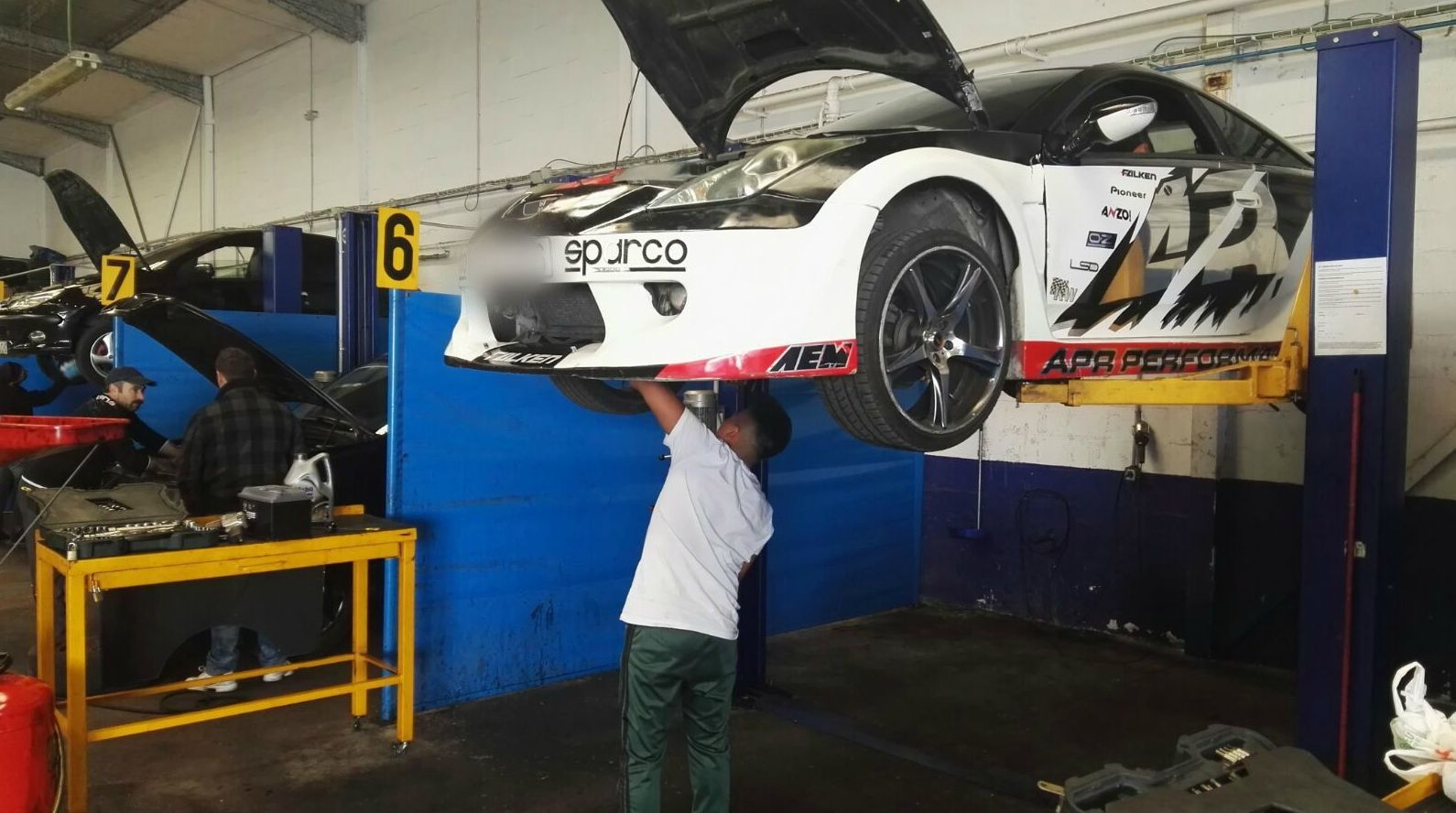 Taller para vehículos de todas las marcas