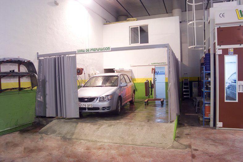 Foto 6 de Talleres de chapa y pintura en Jaén | Auto Rapid