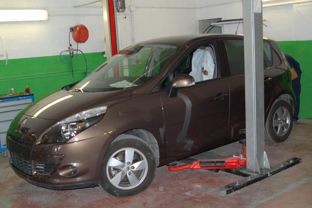 Foto 48 de Talleres de chapa y pintura en Jaén | Auto Rapid
