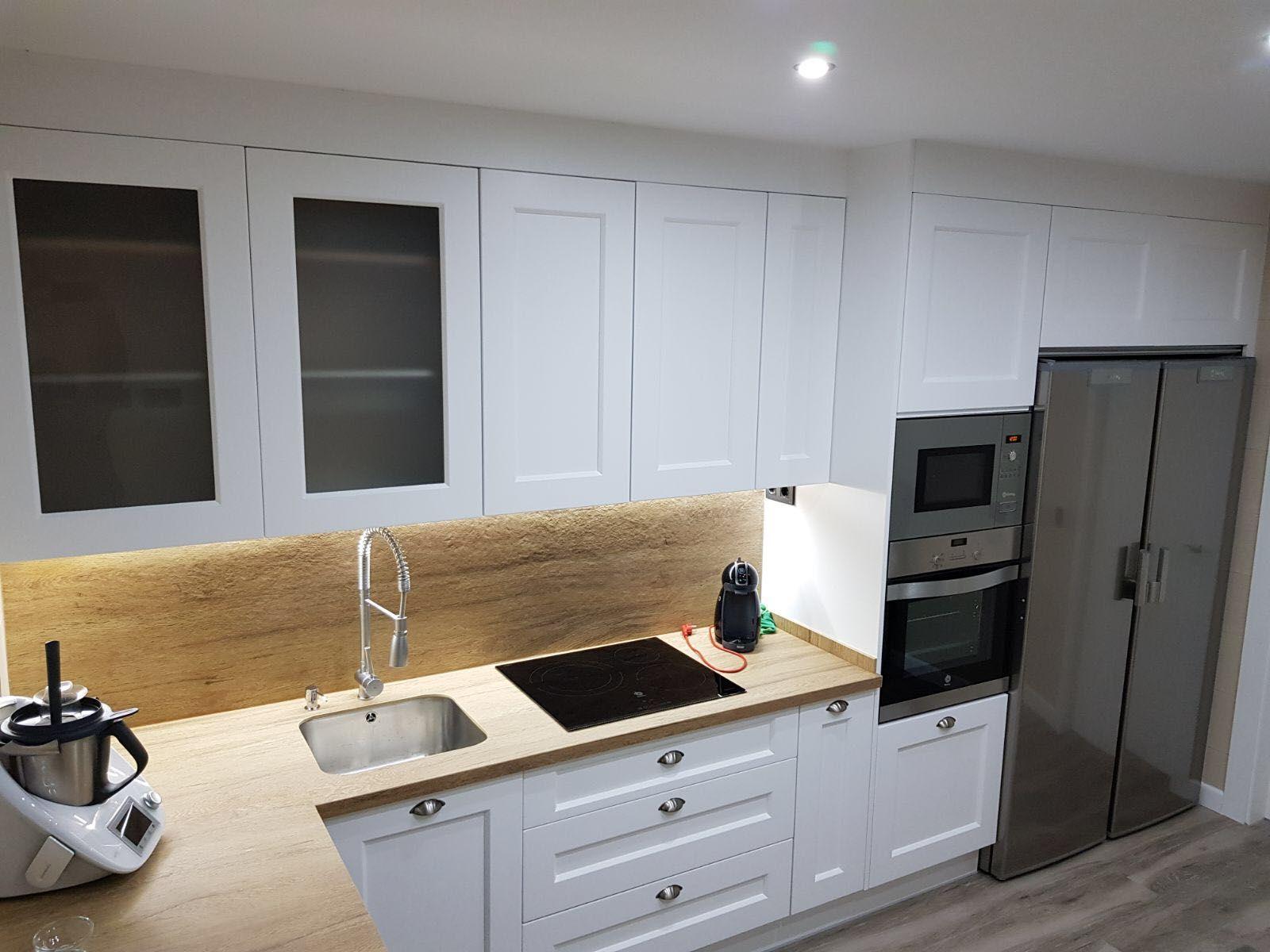 Foto 5 de Muebles de baño y cocina en Maracena | Pavimentos Loymar, S.L.