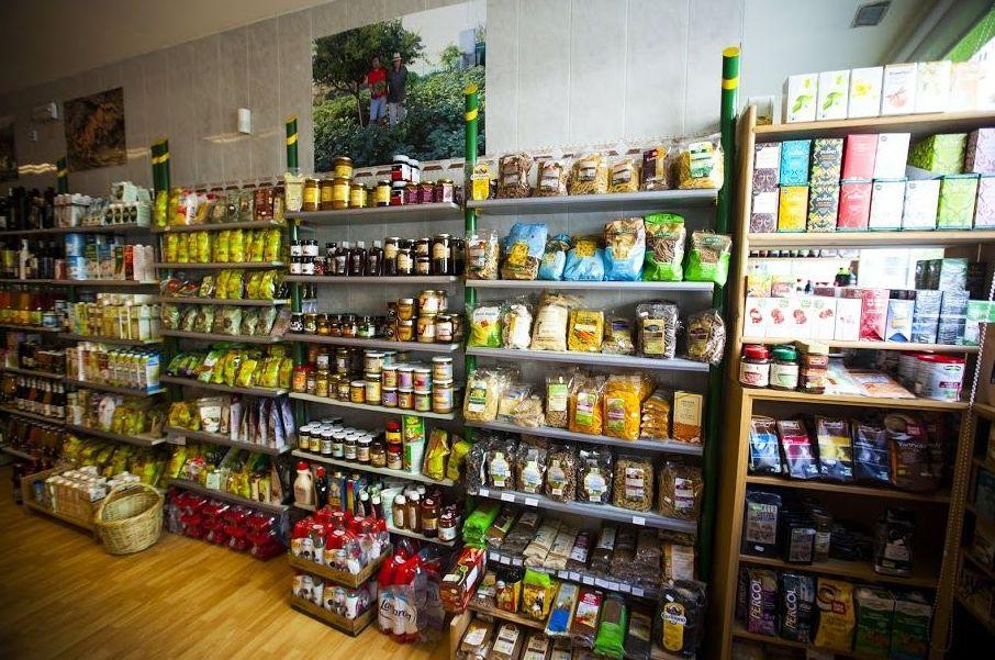 Conservas, pasta, bebidas vegetales