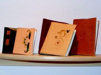 MATERIAL DE OFICINA: Productos de Aguamanil Piel