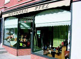 Tienda de artesanía en piel en Alcobendas