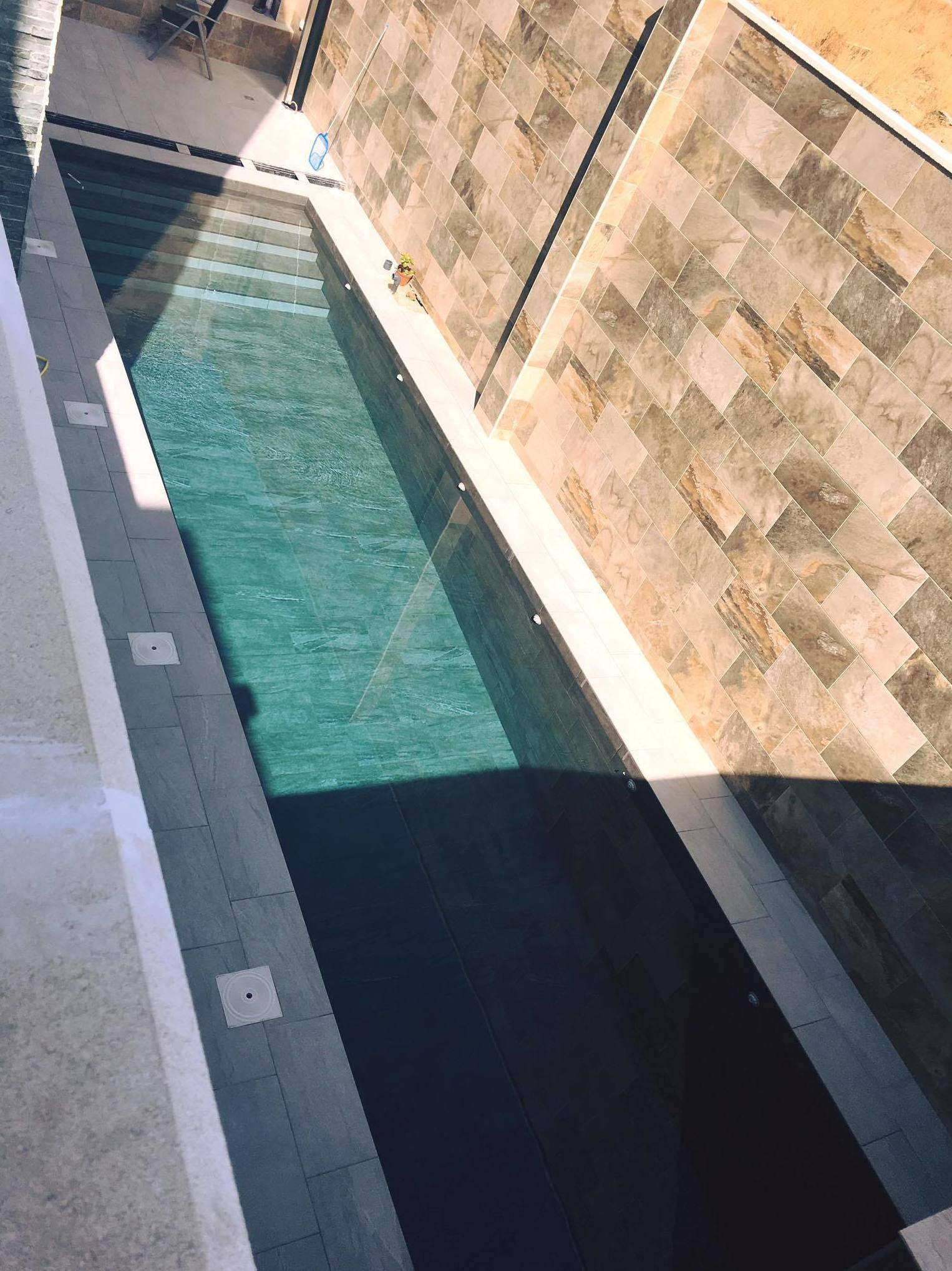 Construcción de piscina en vivienda