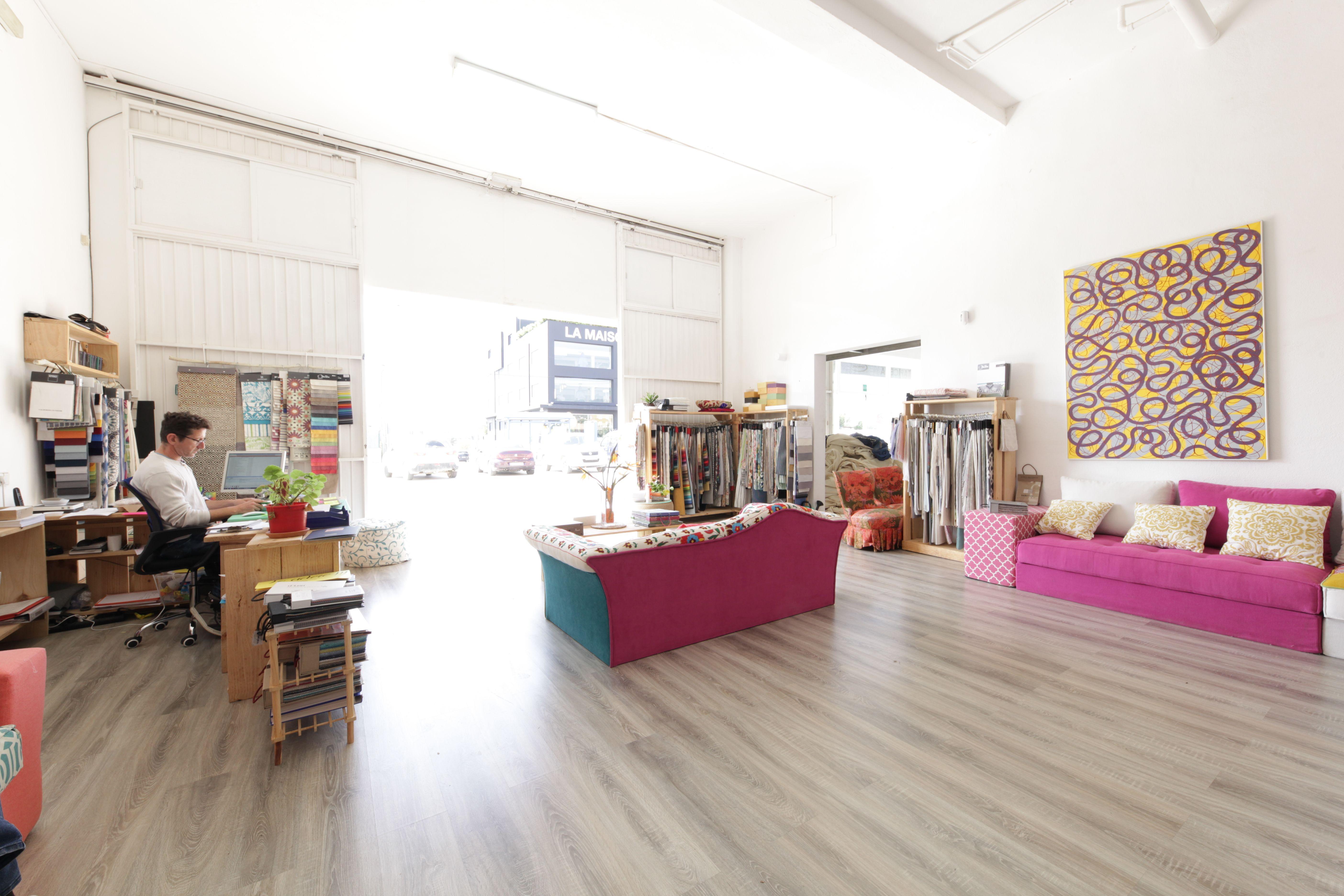 Somos expertos en dar una nuevo aire a todo tipo de muebles y sofás