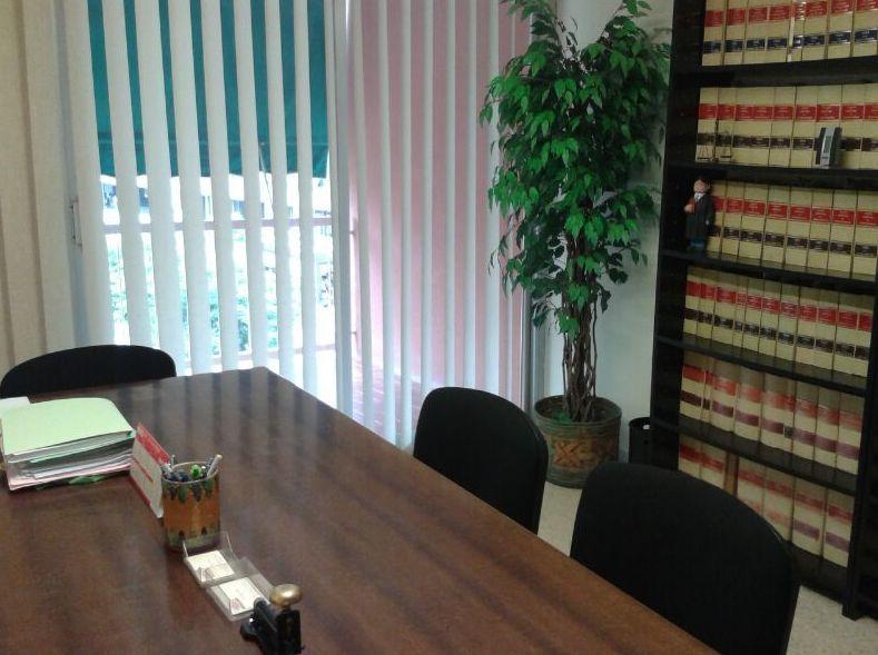 despacho de abogados en Molins de rei