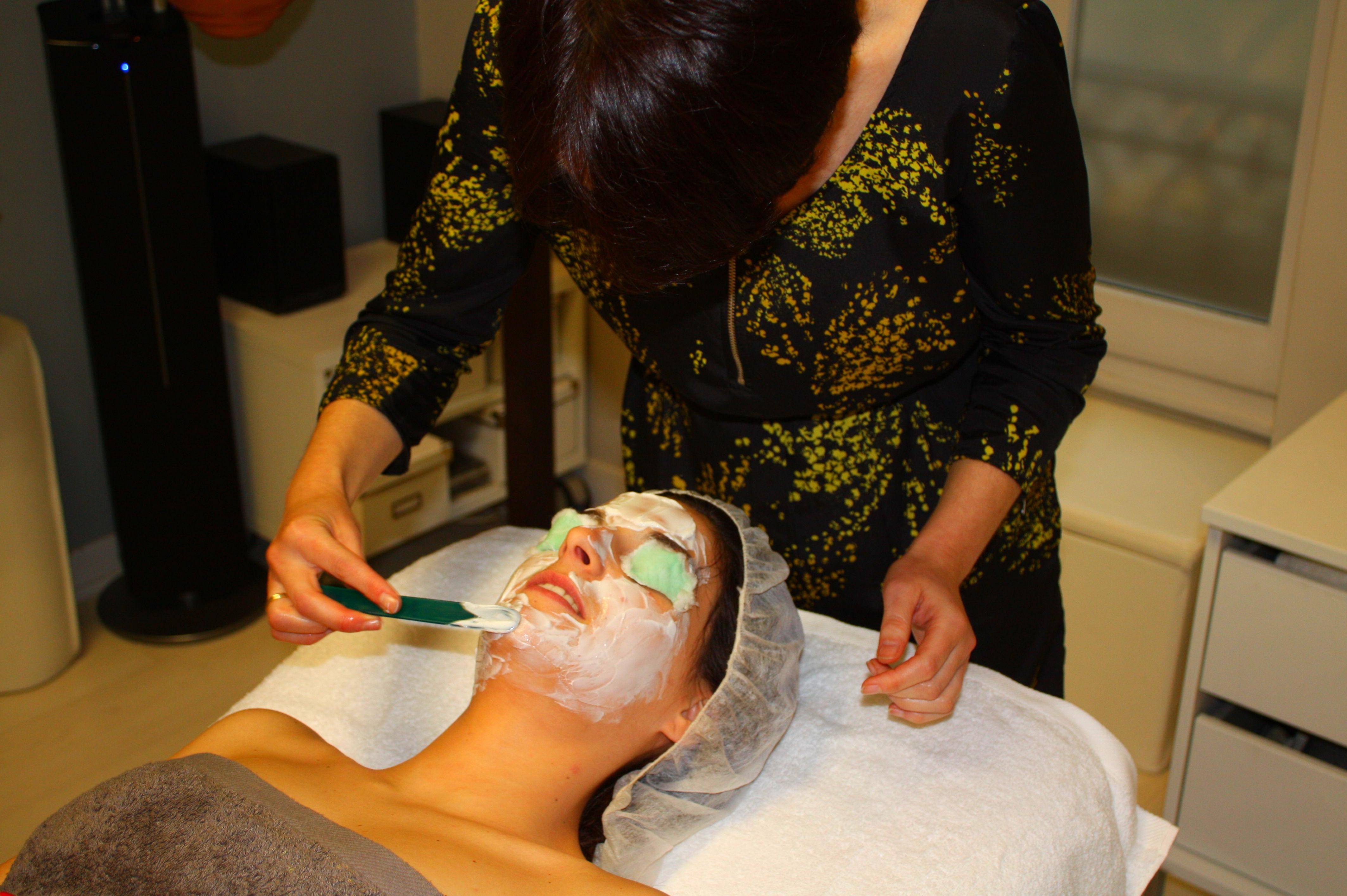 Tratamientos faciales: Servicios de Marta G. Estilismo