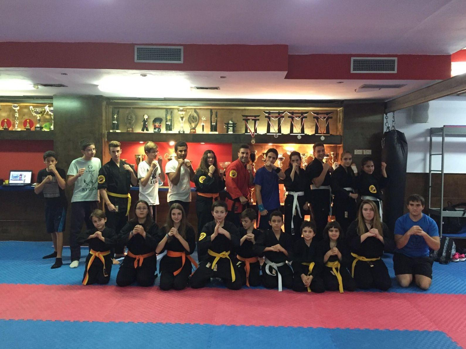 Gimnasio en las Rozas clase de KENPO karate juvenil