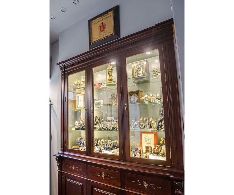 Venta y reparación de relojes antiguos en Sevilla