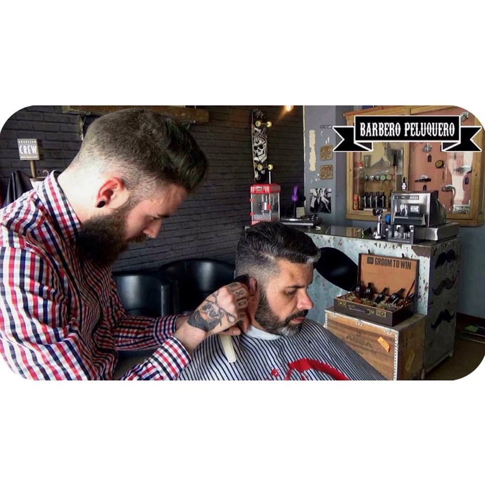 Peluquería y barbería de caballero en Torrevieja