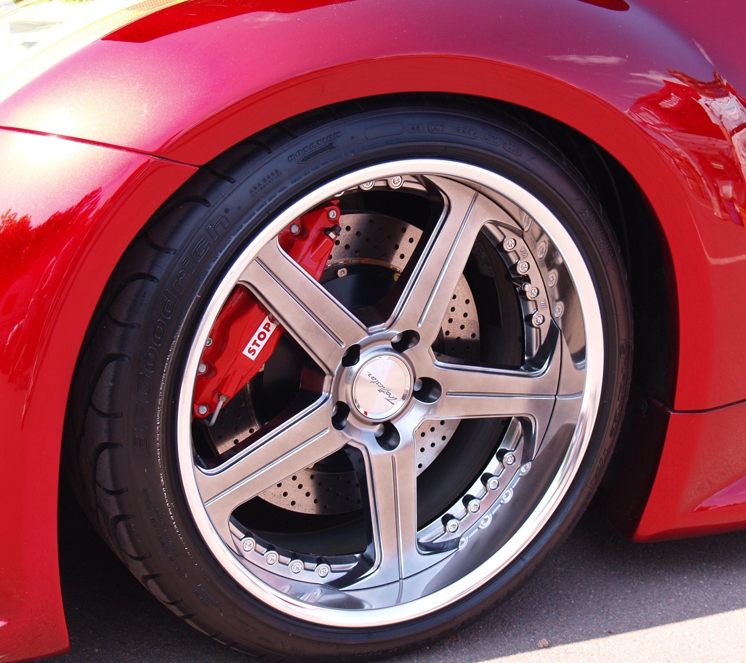 Mantenimiento integral del automóvil, frenos, electricidad, neumáticos