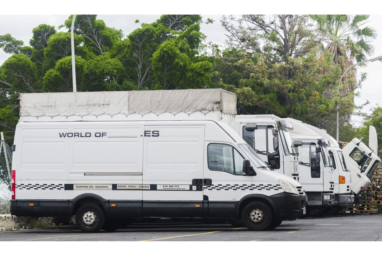 Flota de transporte de Champions International Transports & Moving