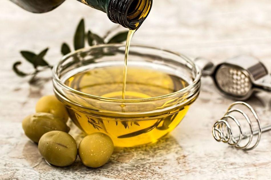 Venta de aceite: Productos de Pastelería Segado San Lorenzo