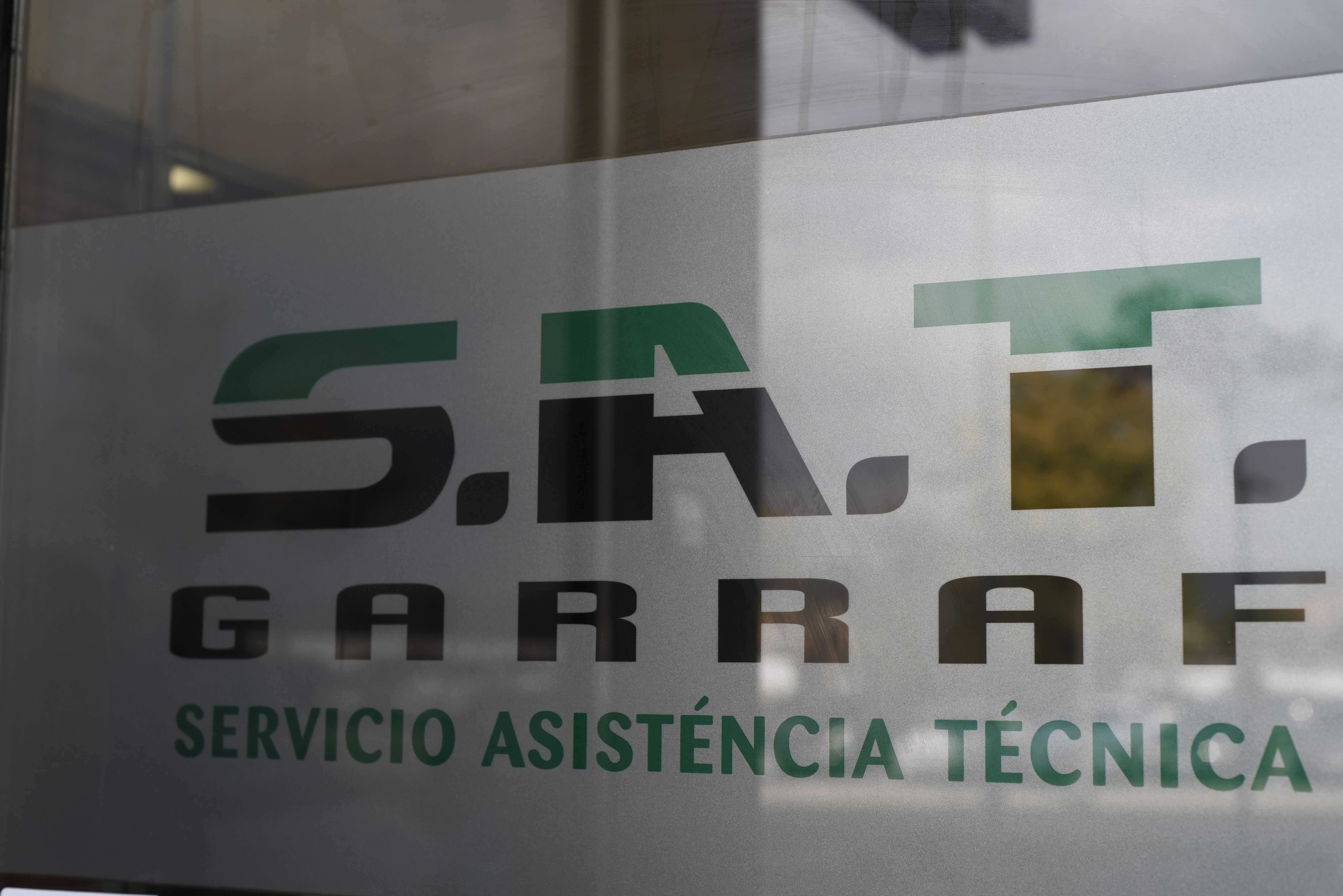 Logo S.A.T Servei