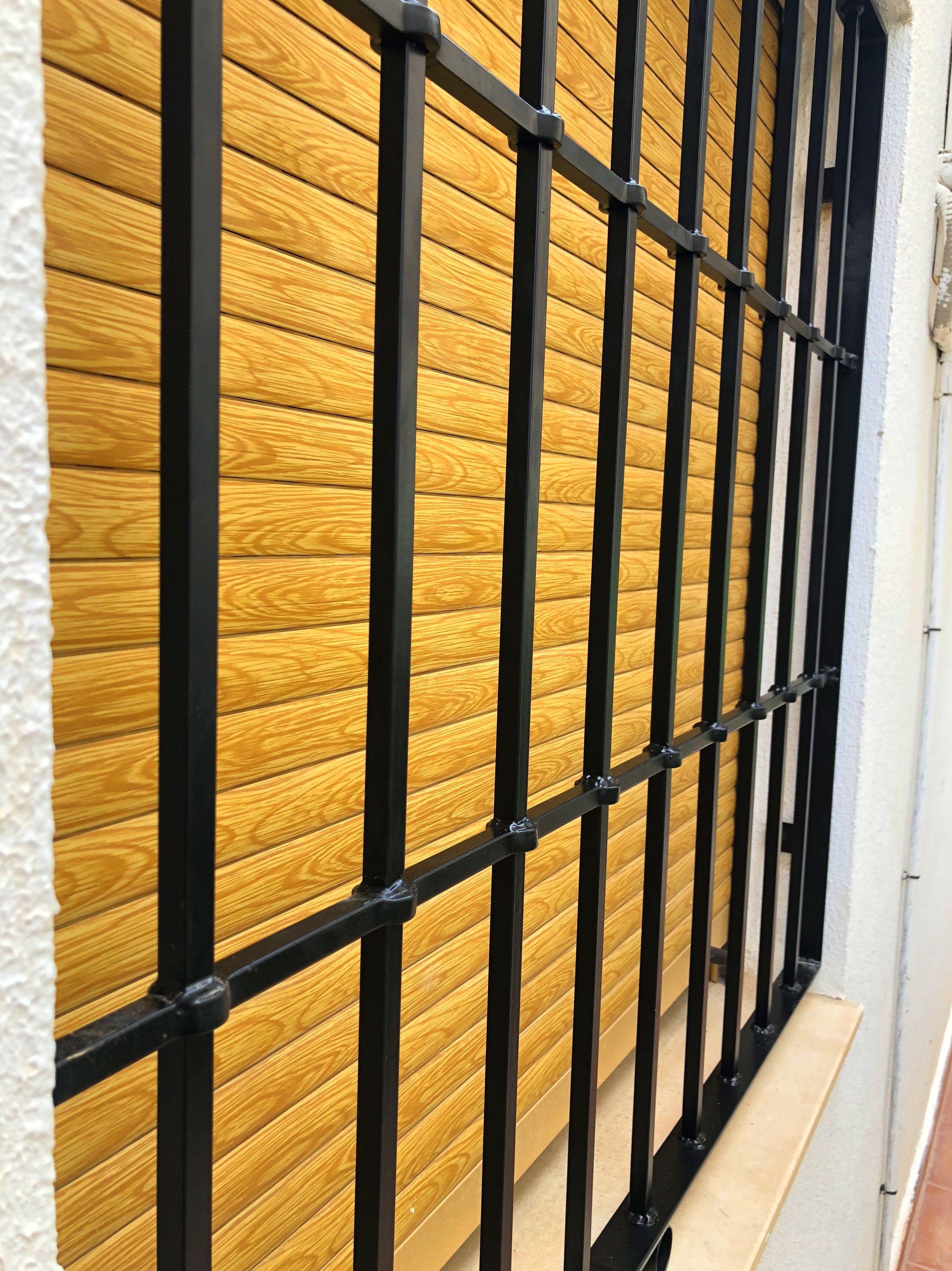 Foto 11 de Cerramientos en Paterna | Carpintería Metálica Rafran