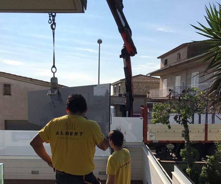 Instalación de barandillas de vidrio en Girona