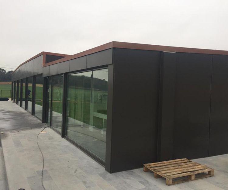 Instalación de cerramientos de PVC y vidrio en Girona