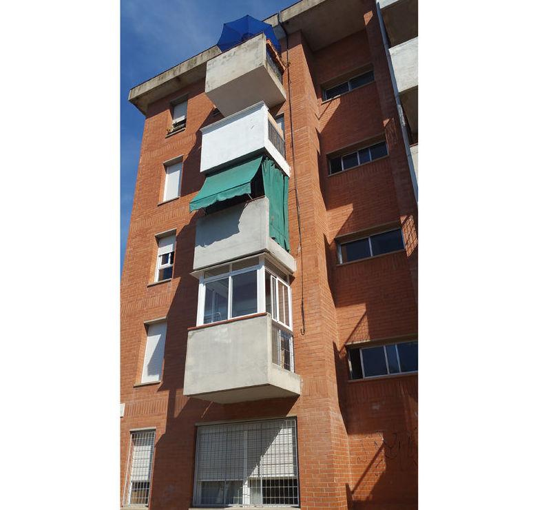 Fachada rehabilitada en Mataró