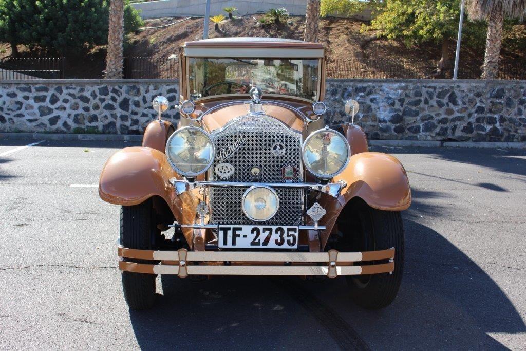 Alquiler de Packard año 1928 con conductor en Tenerife