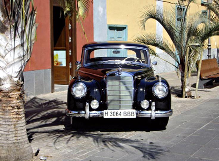 Mercedes - Benz (1956): Nuestros vehículos de HM LUXURY TRANSPORT
