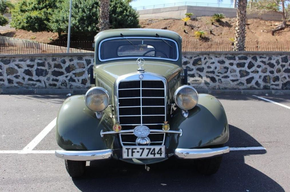 Alquiler de Mercedes 170 con conductor en Tenerife