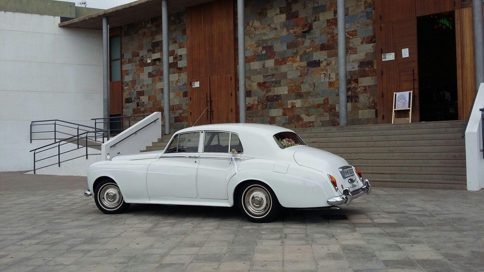 Alquiler de Bentley S3 1965 con conductor en Tenerife