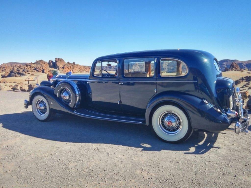 Alquiler de coches antiguos con conductor en Tenerife