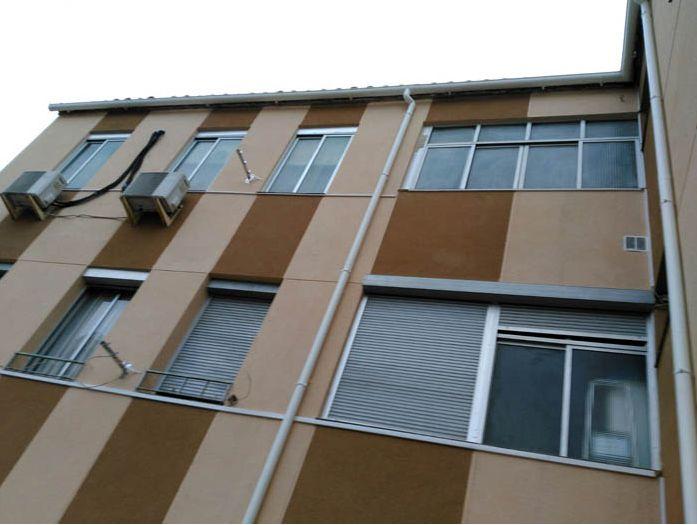 Colocación de canales y bajantes en PVC: Servicios de Rehabilitaciones Manzano