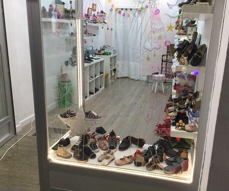 Zapatería infantil en el centro de Úbeda