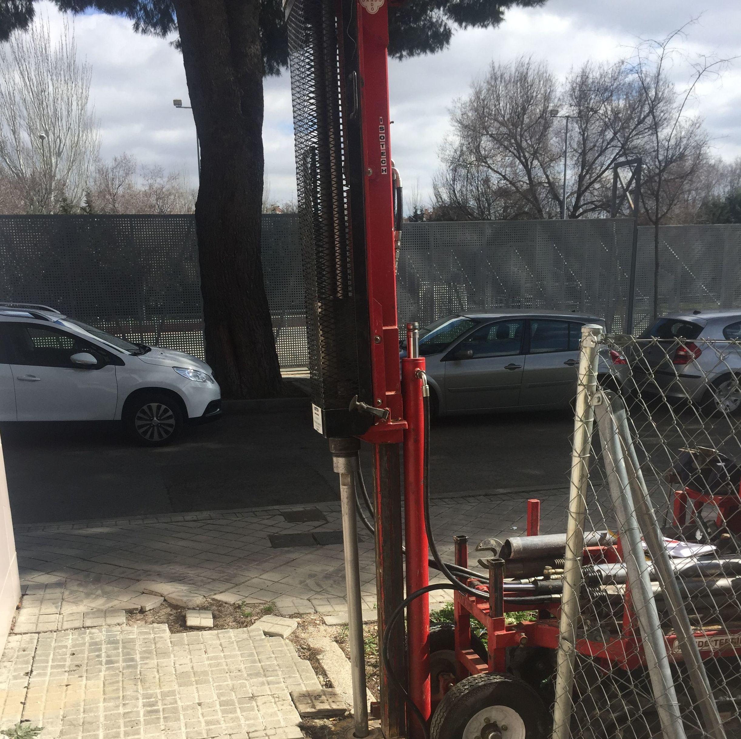 """Inyecciones de lechadas """"Tunelling"""" para mejora de suelo en cimentaciones con terrenos poco consistentes. (Madrid)"""