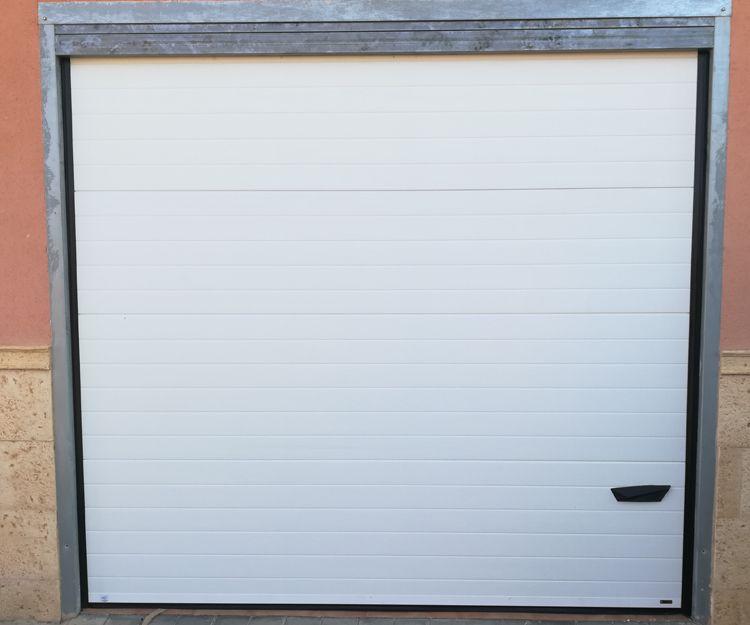 Puertas de garaje automáticas en Ciudad Real