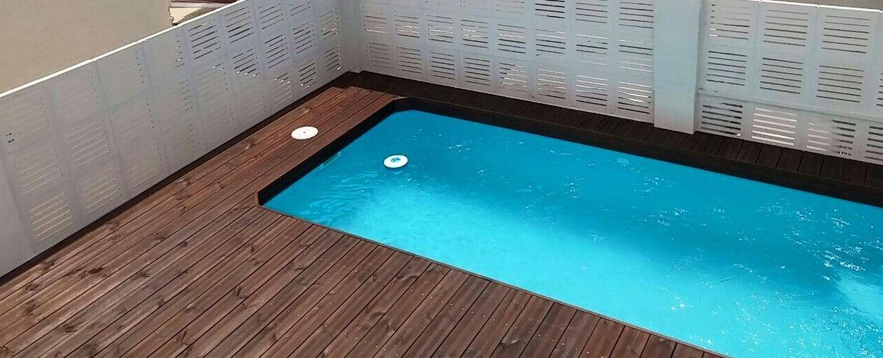 Foto 3 de jardiner a en garrucha ecojardines y ecoservicios for Constructores de piscinas