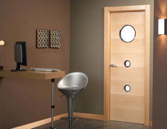 Instalación de puertas de madera
