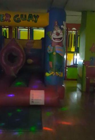 Bola de Discoteca en Diverguay: Servicios de Diverguay Parque Infantil