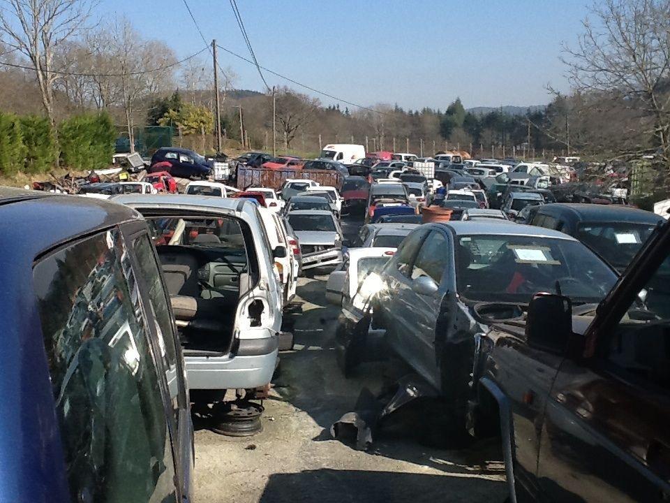 Desguaces para vehículos: Servicios de Auto Desguaces Barraka, S.L.