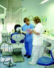 Foto 16 de Clínicas dentales en  | M. José Cadiñanos Díaz Tejeiro, Dra.