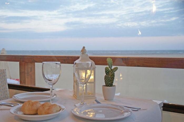 Excelente comida con vistas al mar