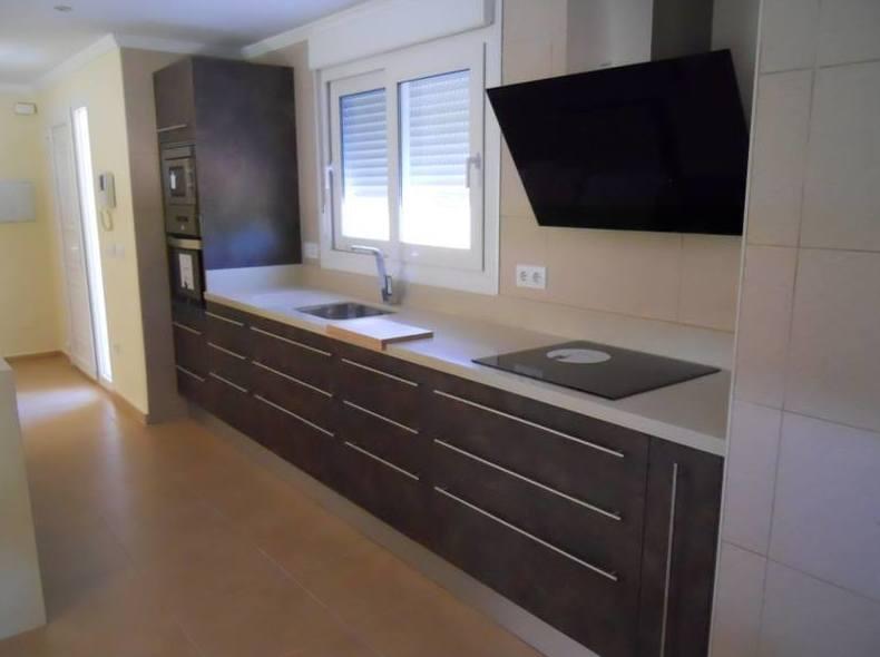 Foto 5 de Muebles de baño y cocina en Oliva | Decocin