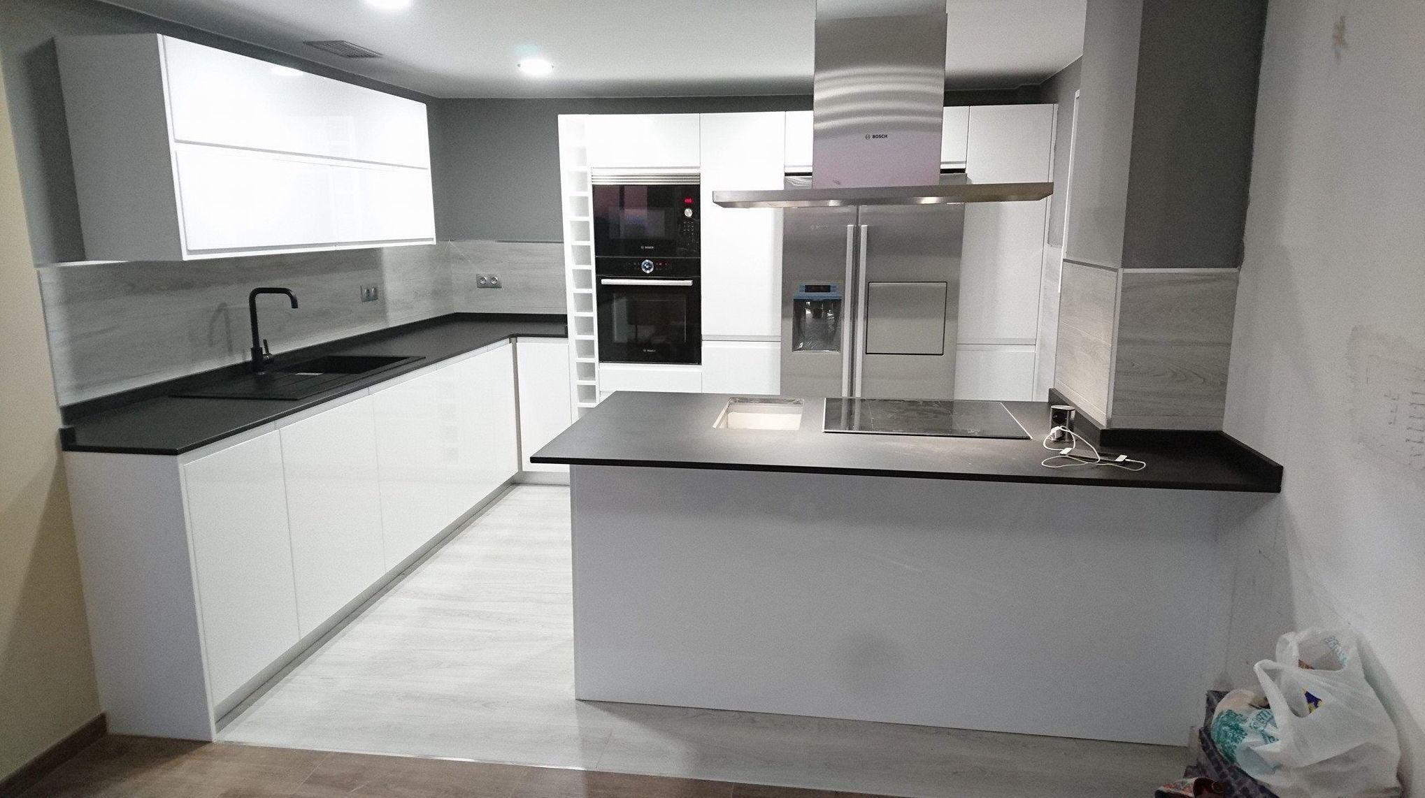 Foto 16 de Muebles de baño y cocina en Oliva | Decocin